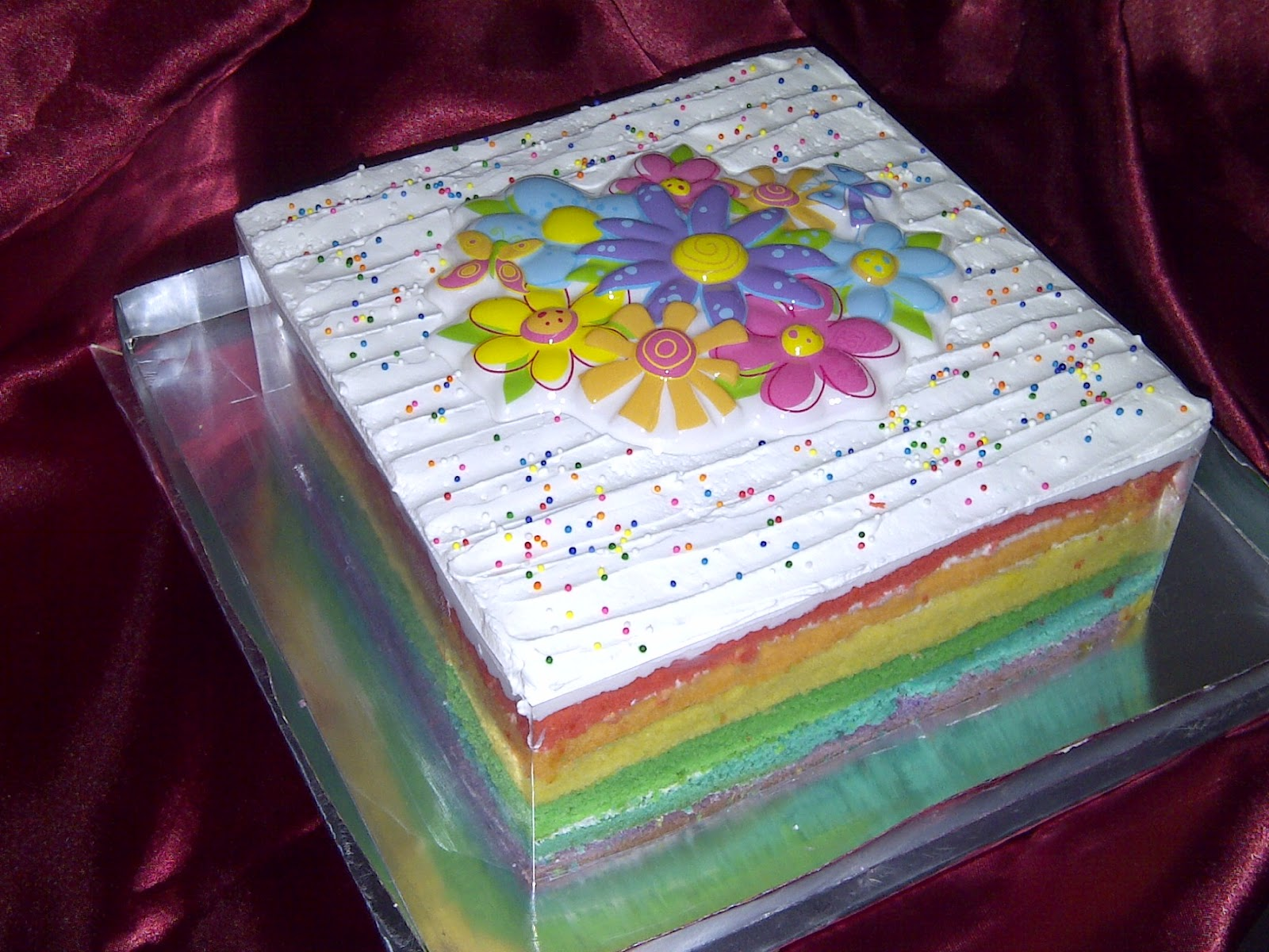 Rainbow Cake/Ombre Cake with Cheese