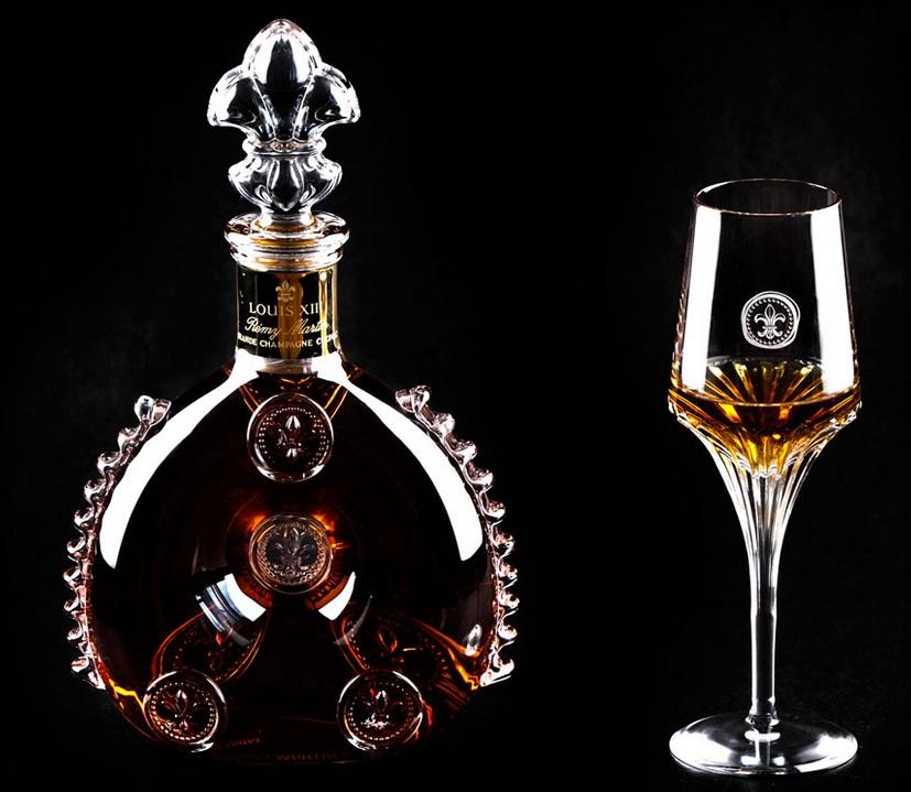 exclusive drinks blog remy martin louis xiii cognacglas. Black Bedroom Furniture Sets. Home Design Ideas