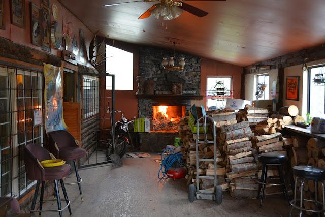 Chitina Alaska saloon