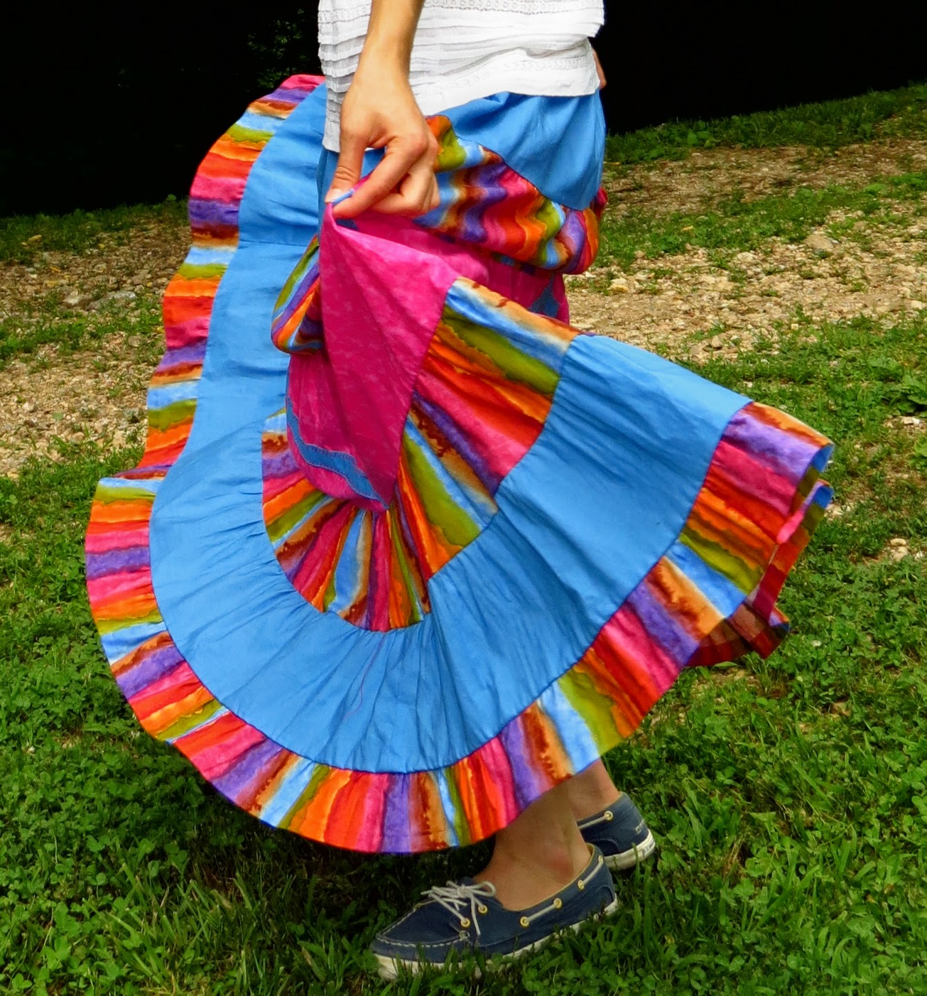 http://hannahsheadcoverings.com/shop/rainbow-tier-skirt/