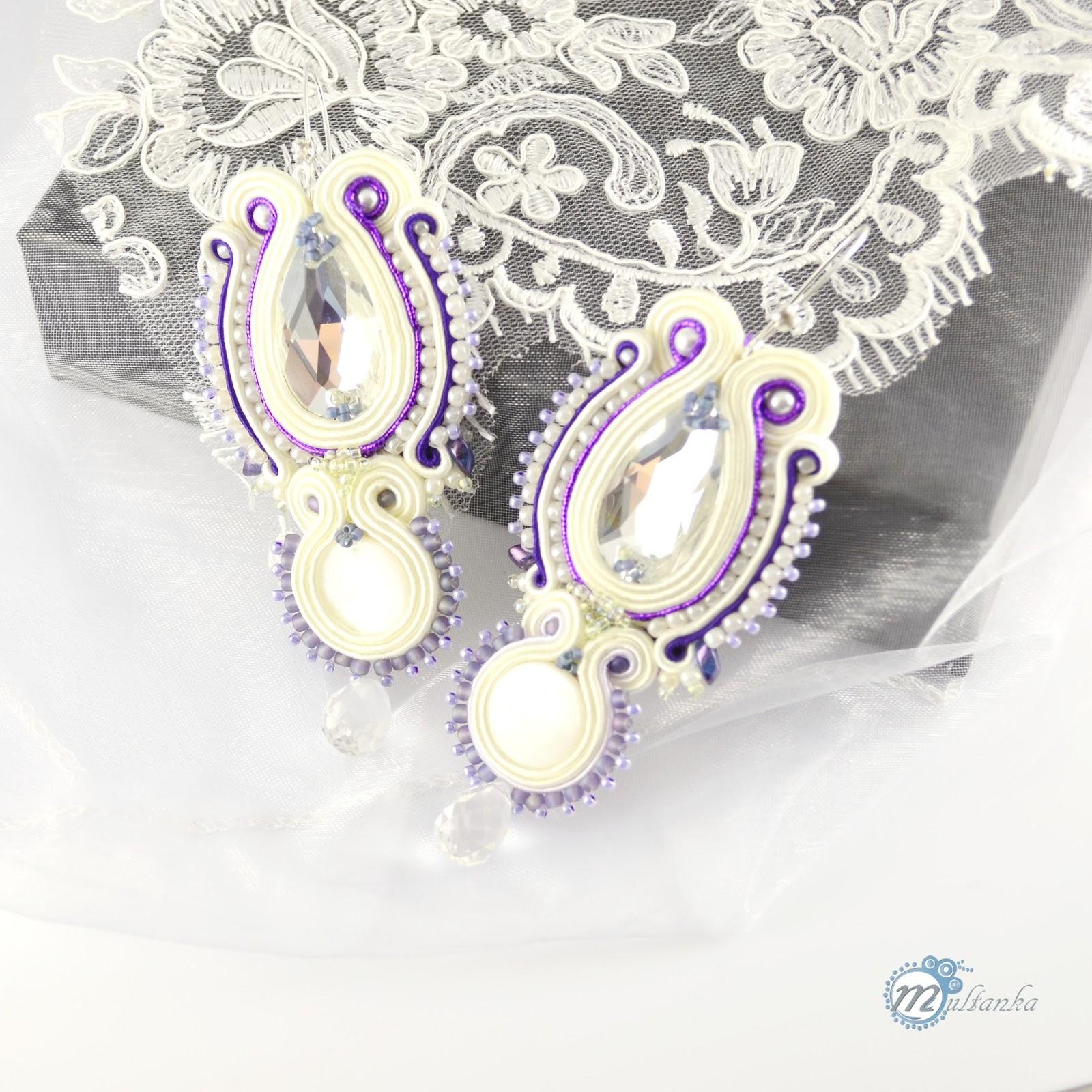 Ślubne kolczyki w odcieniu ivory. Wykonanie - multanka