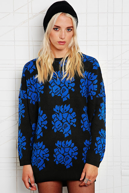 black and blue knit