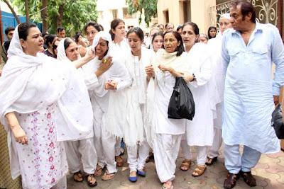 Bollywood Celbs at Jiah Khan's Funeral