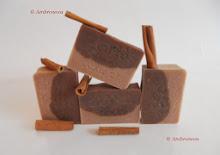 Sapun natural DELICIOS cu ciocolata si scortisoara