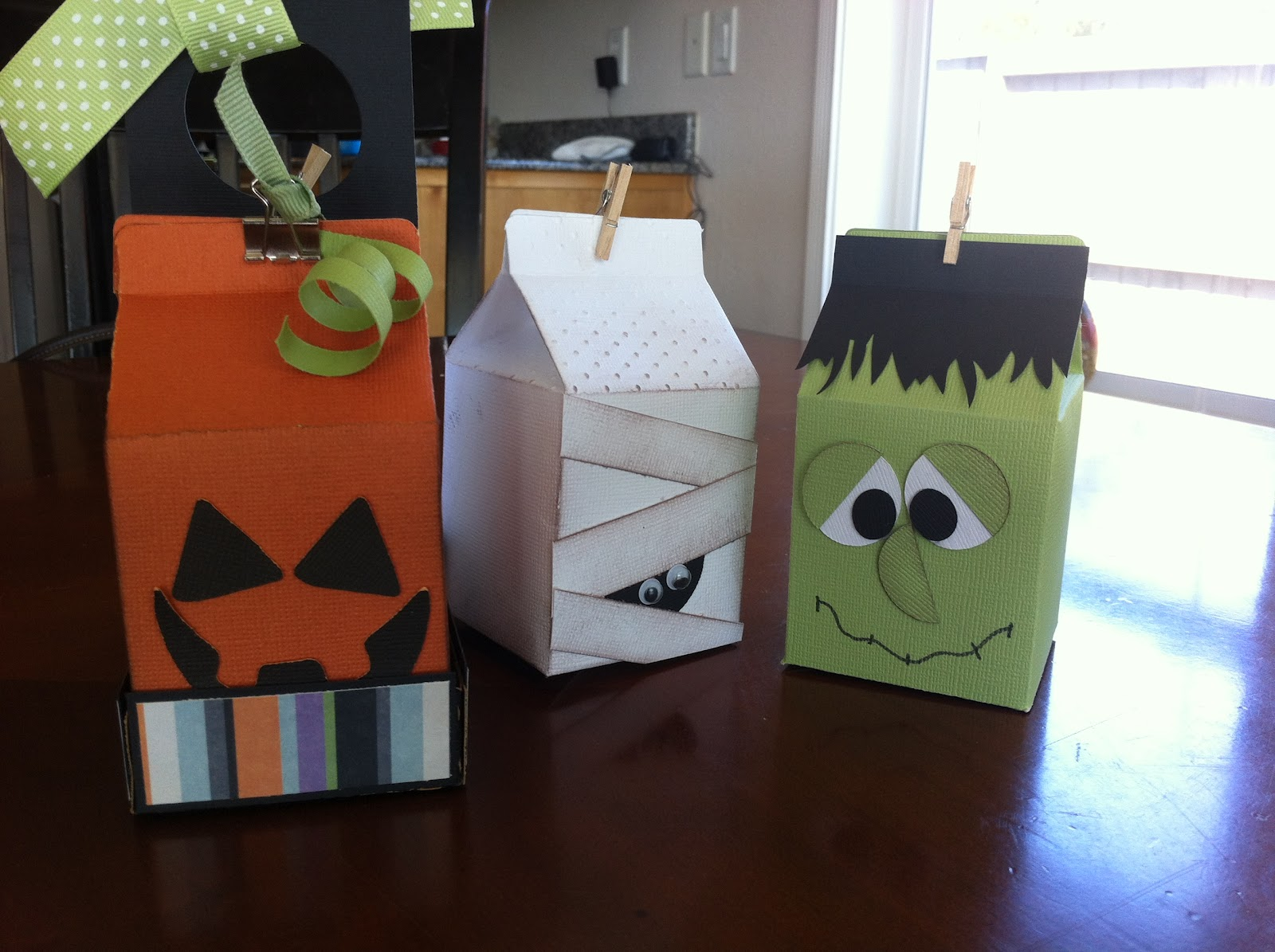 halloween milk carton party favors - Halloween Cartons