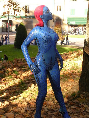 Xmen's Mystique performed by Cosplay Fans