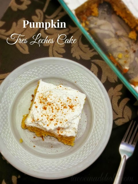Pumpkin Tres Leches Cake (recipe in Spanish) - lacocinadeleslie.com