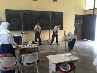 Contoh Soal Kelas Vii Menjawab Pertanyaan Tentang Isi Teks Deskripsi Sekolah Daring