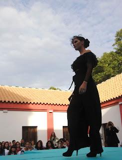 conjunto-negro-lacasademary-fashion-week-larinconada