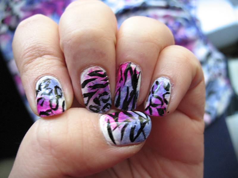 Zebra print nail designs