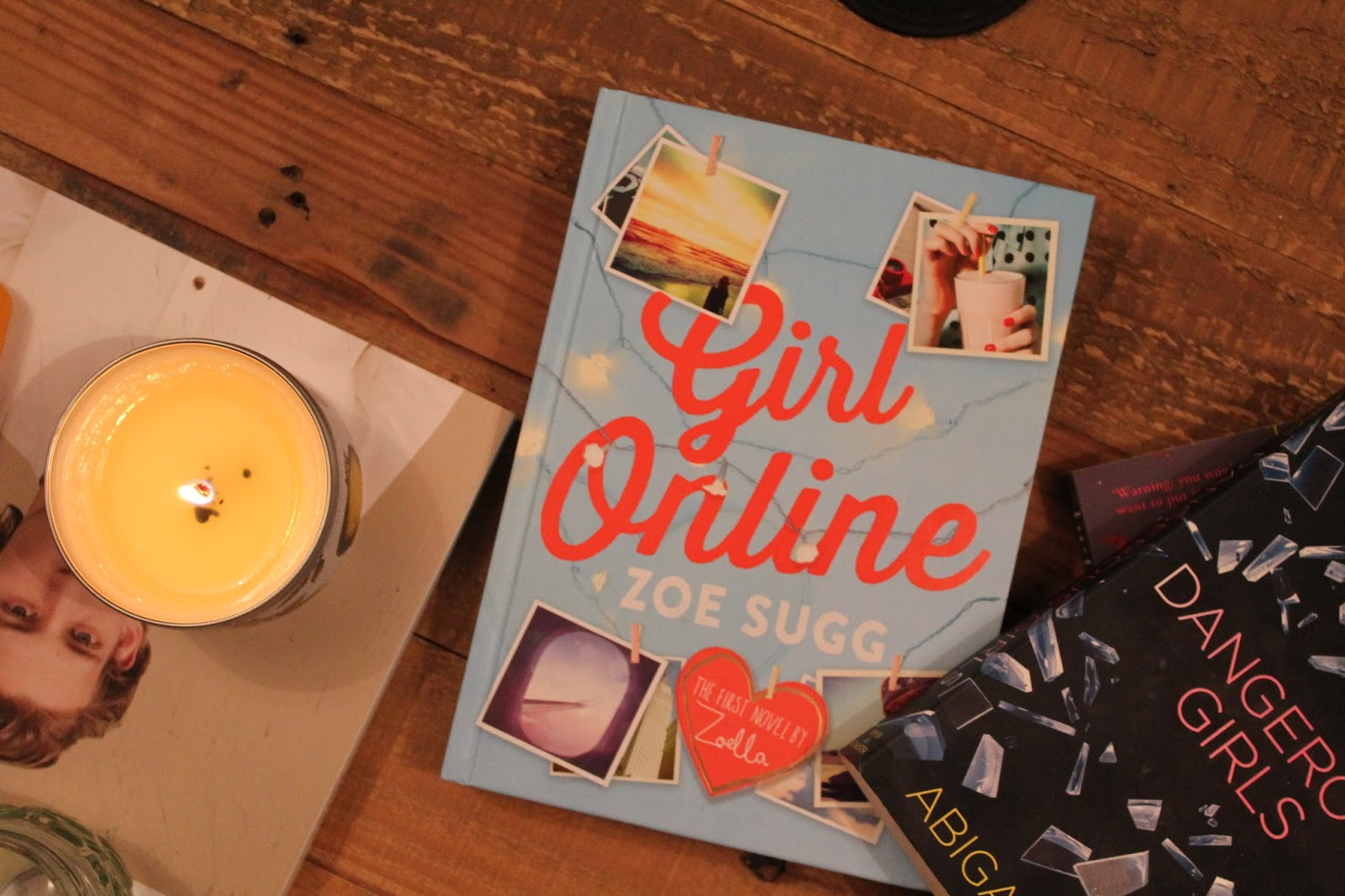 Gingerbread Smiles - Book Review Zoella, Zoe Sugg, Girl Online