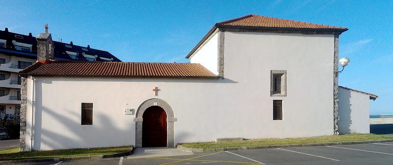 Ermita de San Roque y San Sebastián en Quejo Isla