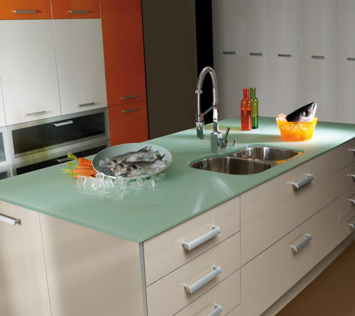 Montaje de encimeras de cocina cocinas zaragoza astilo - Encimeras de cocina silestone ...