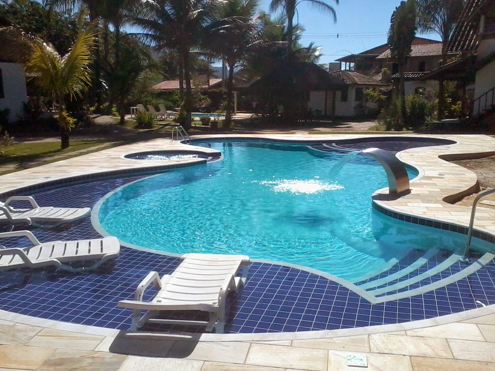 Troca de vinil por fibra em piscinas como e realizado for De piscinas