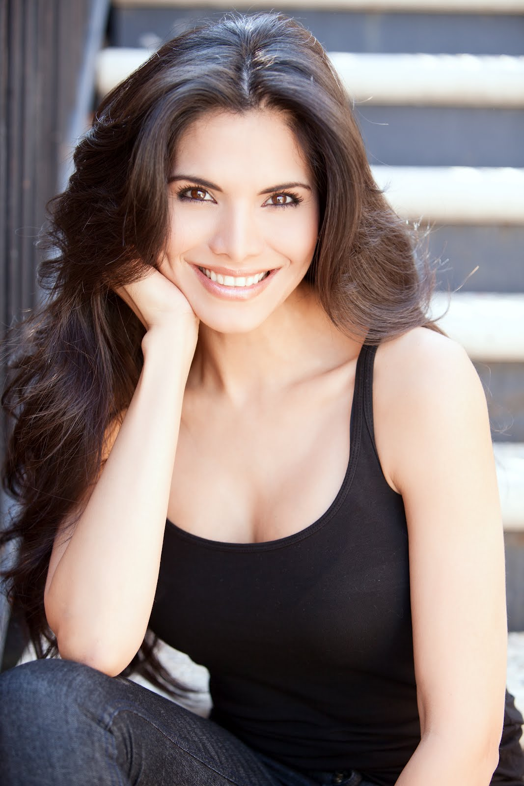 joyce-giraud-porn-little-eskimo-girls