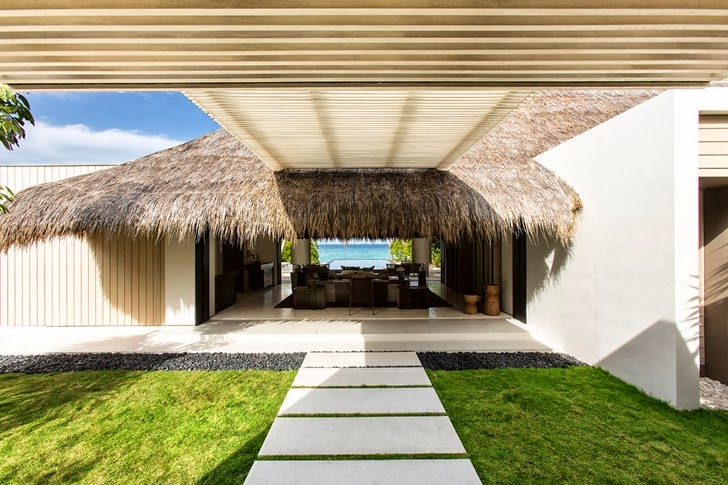 Backyard of Modern villa in Maldives by Jean-Michel Gathy