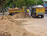 Cherkala, Sand, Lorry, Police-raid, Seized, Sand mafia, Kerala, Kerala News, International News, National News, Gulf News, Health News, Educational News, Business News, Stock News, Gold News.