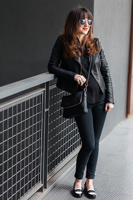 all black outfit, spring style, kate spade cross body, black and white loafers, maternity outfit, bump style, maternity blog, pregnancy style, nashville blogger