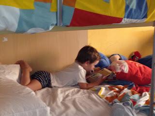 vacaciones, niños ,verano, mediodía,hijos, mayor, mediana, pequeño