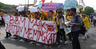 demo mahasiswa akan kenaikan bbm