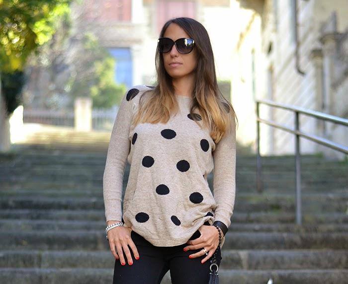 maglione a pallini