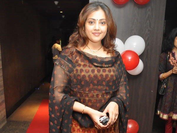 meena durairaj , meena durairaj , meena durairaj actress pics