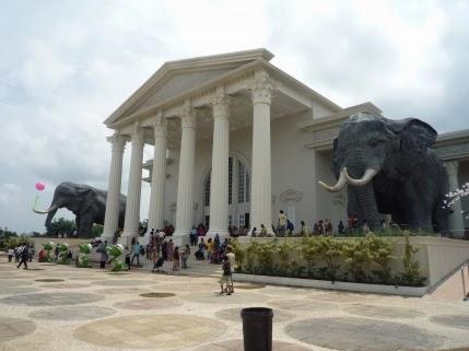 Museum Satwa Jatim park 2 - bromotravelguide.blogspot.com