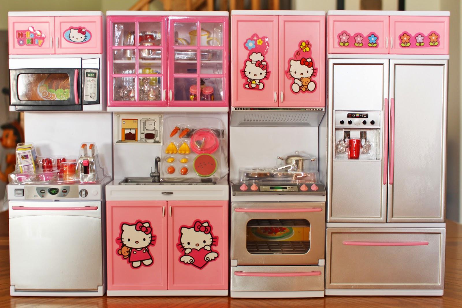 Miniature monday 48 kitchen celebration for Kitchen set doll