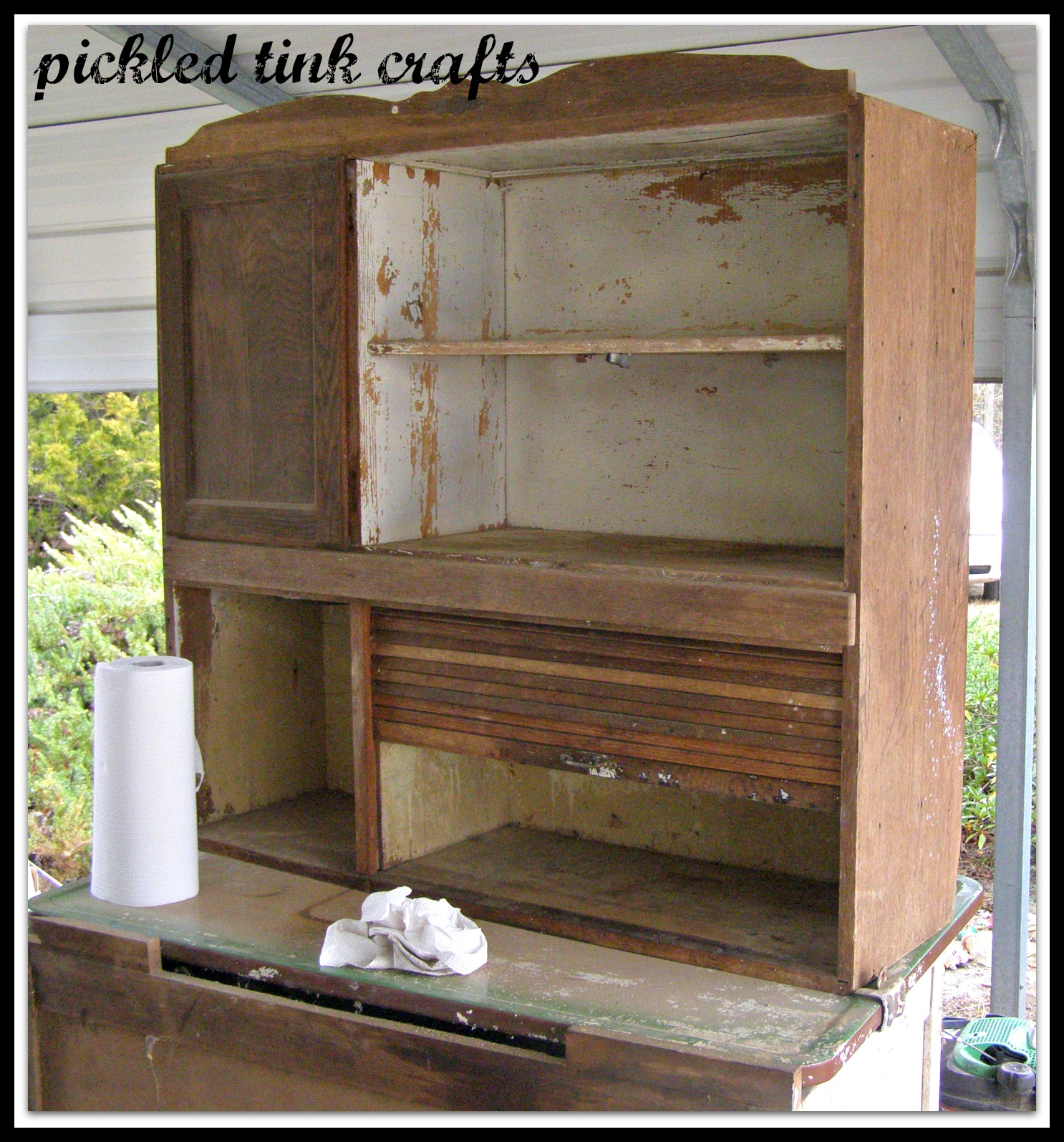 Pickled tink crafts old hoosier cabinet restore for Restoring old kitchen cabinets