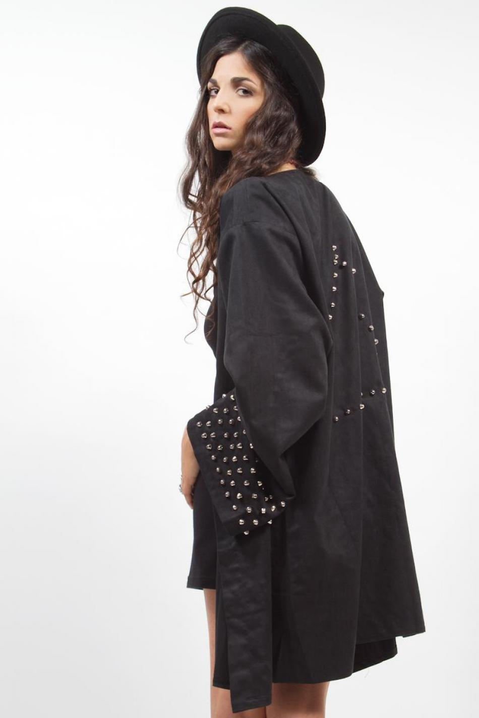 diy inspiration studded kimono jacket trashion. Black Bedroom Furniture Sets. Home Design Ideas