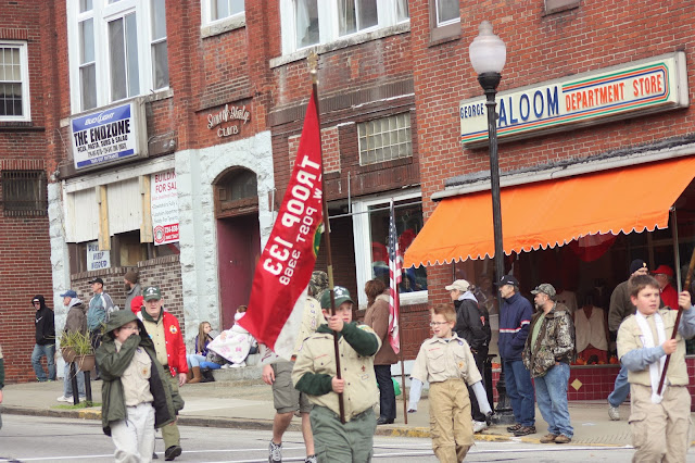 Boy scout troop in Veterans Day parade
