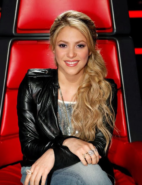 Shakira hairstyle  2014