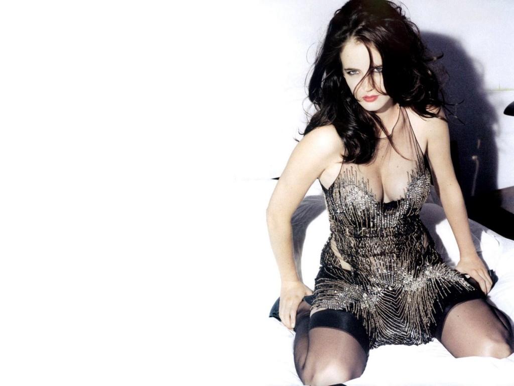 http://3.bp.blogspot.com/-7Ngh45JJzxQ/TrwqQBIyHAI/AAAAAAAAAmE/mLjXsDPV6BQ/s1600/Eva+Green+Picture-A+Bond+Girl-46.jpg