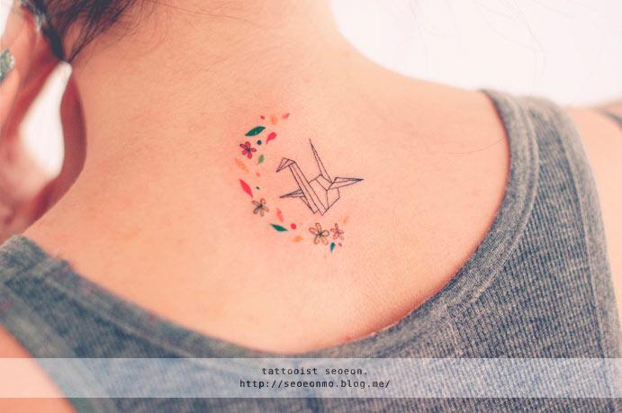 Tatuajes minimalistas por Seoeon te harán querer ser entintado