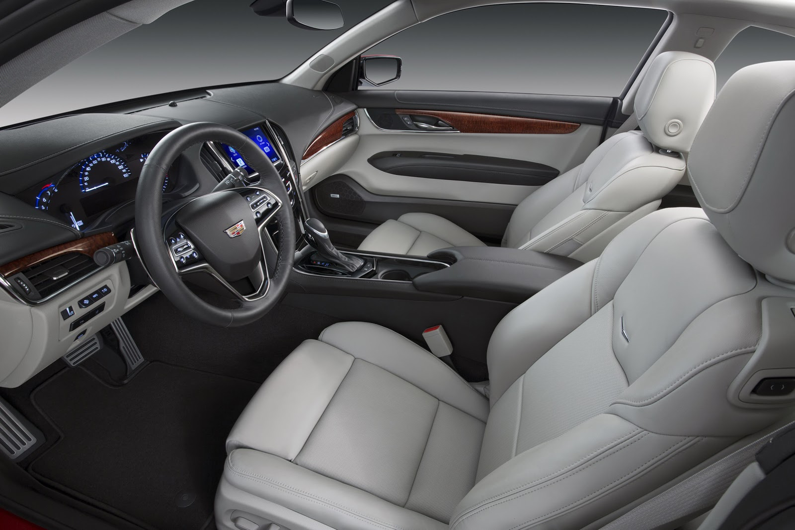 2015-Cadillac-ATScoupe-53.jpg