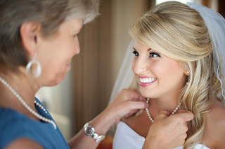 mother bride special wedding moment