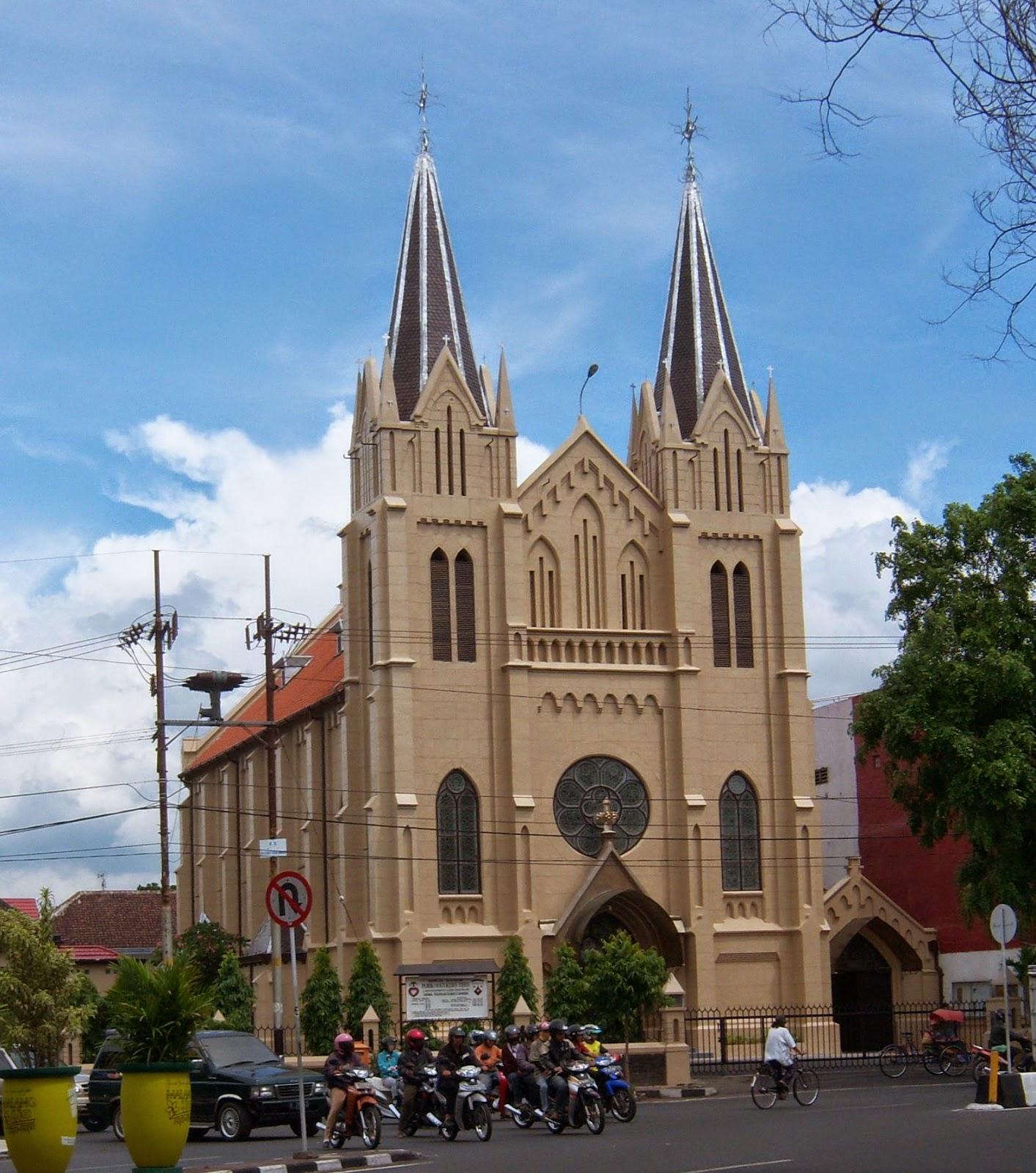 Foto gereja kristen protestan 70