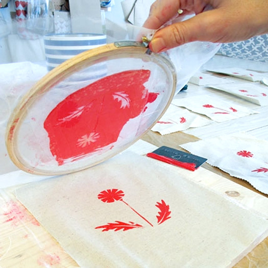 homemade DIY screenprinting