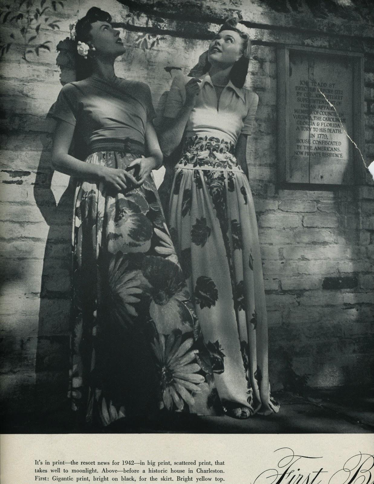 Long 1930s dress vs skirt