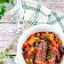 Smażona kiełbasa z warzywami w sosie
