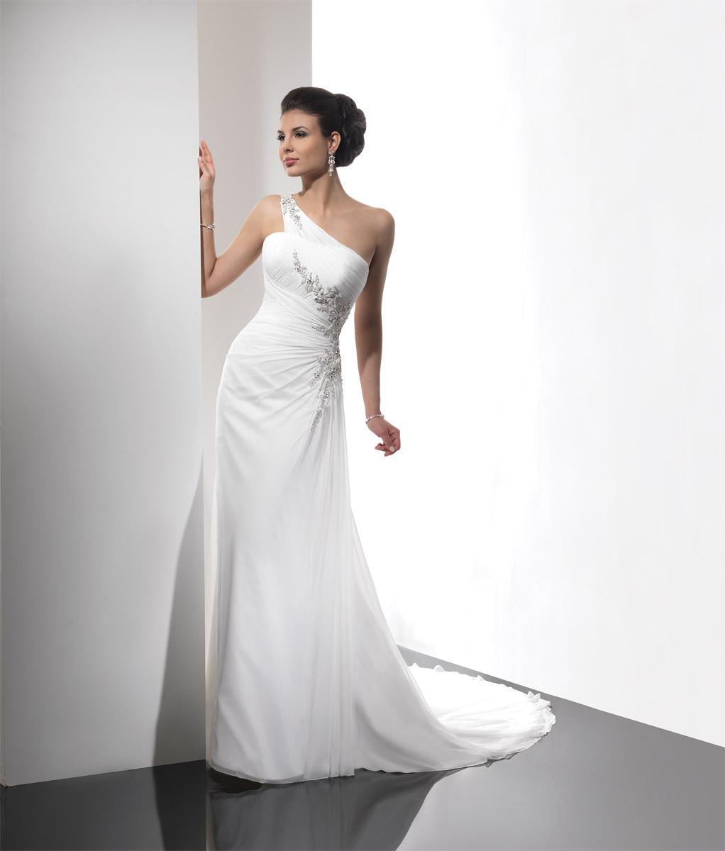 Winter Sale! Sample Wedding dresses for an absolute steal   Raffaele ...