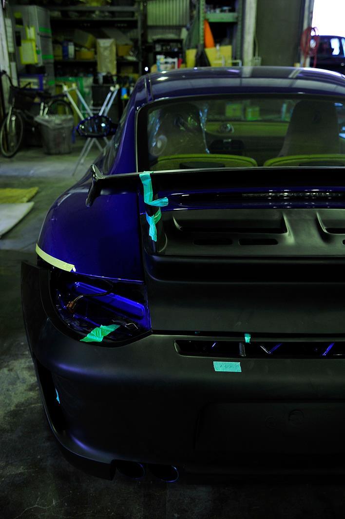 997カレラS 3,8 BLUE 3 GT3ルックへとプチカスタムモディファイ。