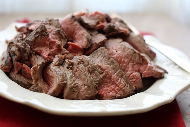 ... In The Kitchen: Perfectly Simple and Sliceable CrockPot Roast Beef