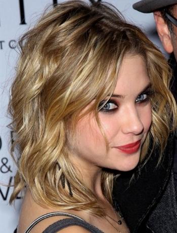Medium Length Hairstyles for Wavy Hair
