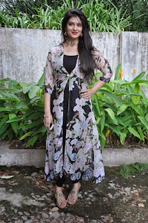 Actress Siya Gautham Picture Gallery in Long Dress at Pilavani Perantam Telugu Movie Opening  10.jpg