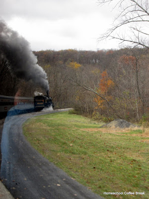 A Western Maryland Railroad Photojournal (Autumn Colors) on Homeschool Coffee Break @ kympossibleblog.blogspot.com #railroad #steamtrain