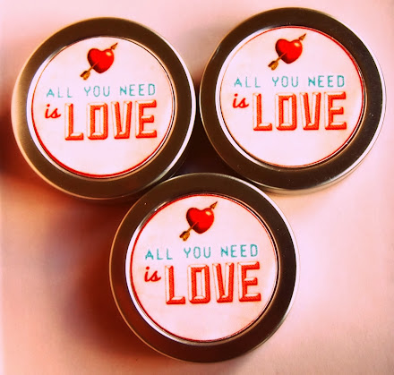 CUSTOMIZED LIP BALMS FOR YOUR HAPPY DAYS