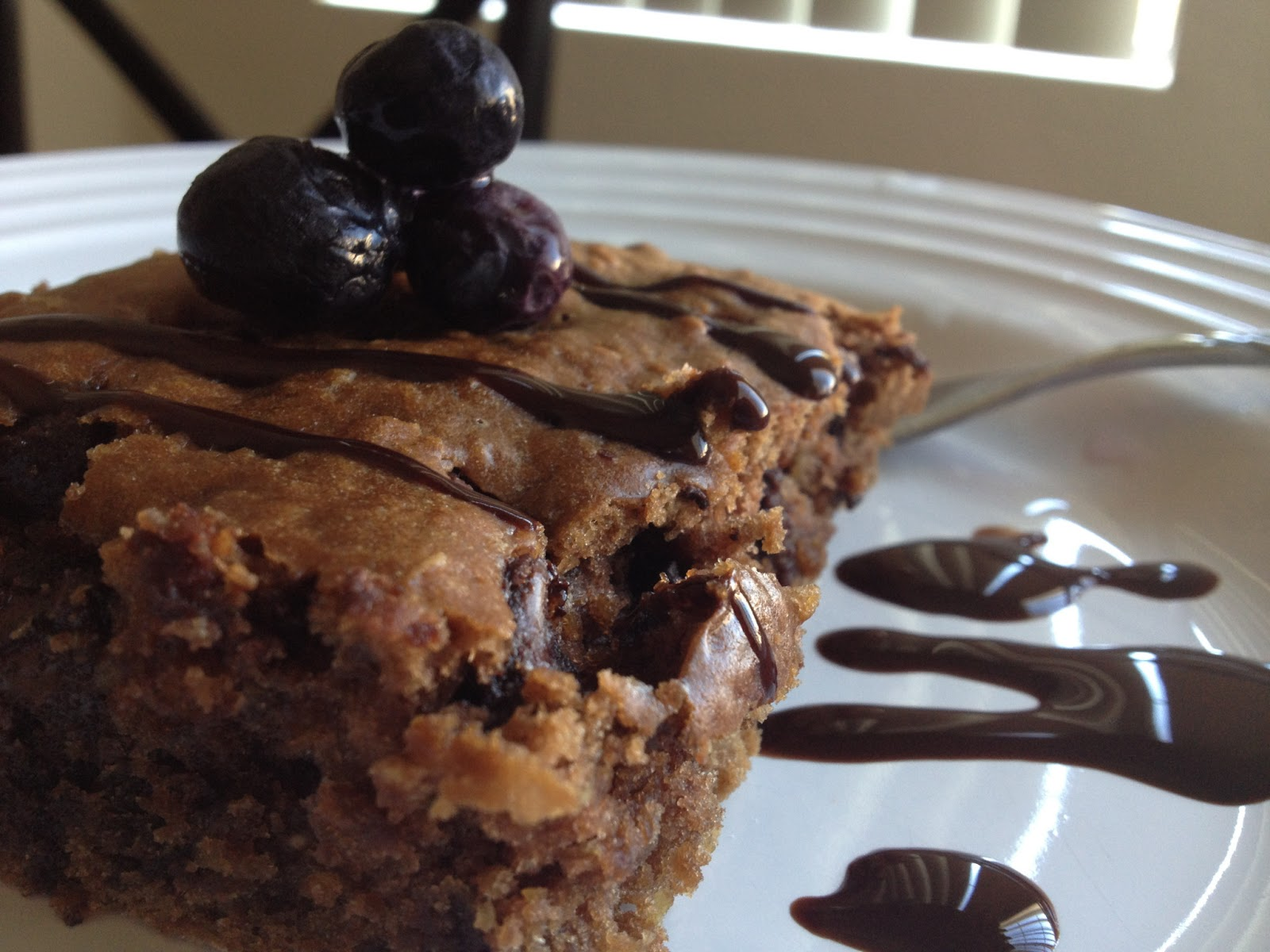 Food Hunter's Guide to Cuisine: Chocolate Chip-Oatmeal Cake