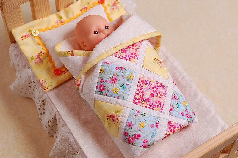 Как сшить одеяло и подушки для барби 1