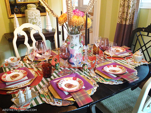 After my visit with Caspari I came away with so much inspiration that this table practically set itself. Welcome to Thanksgiving chez AO & Aesthetic Oiseau: My Paper Plate Thanksgiving Caspari Style